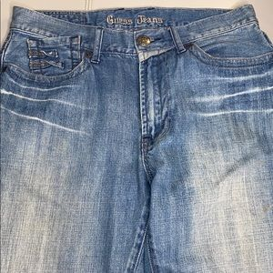 GUESS JEANS RELAXED SZ 33